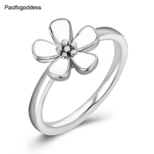 2018 hot sell flower sharp ring for wedding engagement rings beautiful girl