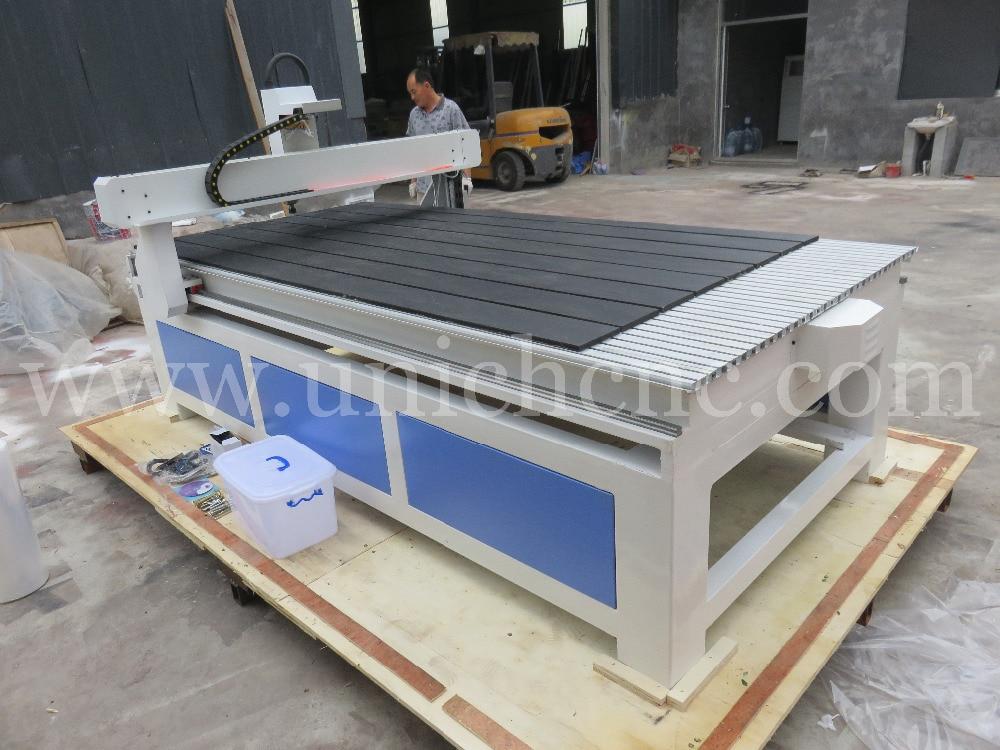 Nouveau modèle européen de qualité CNC routeur en bois à vendre - 2