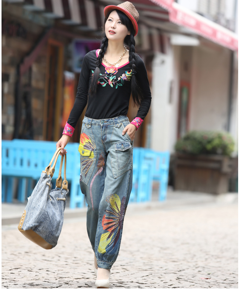 ФОТО Free Shipping New Fashion National Trend Loose Plus Size 25-32 Jeans Embroidered Trousers for Women Painted Ladies Pants