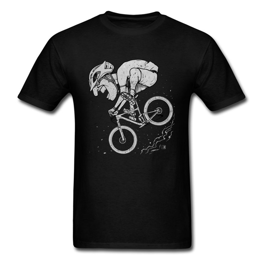 Worn Out Biker T Shirts Cool Rider Cycle Interesting Tshirts Funny Design Adventure Travel Leisure T Shirt For Men Fashion New