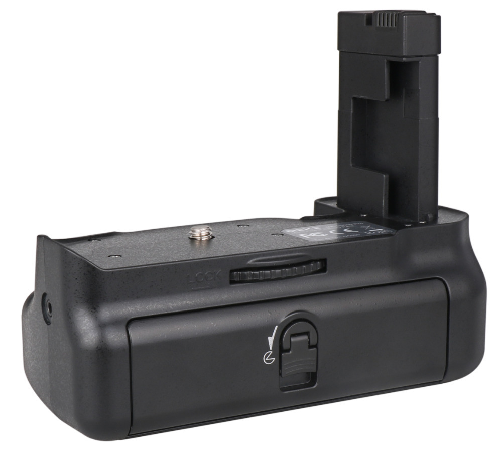 2015 New Arrival MEKE Meike MK-D5500 Pro 2.4G wireless Remote Control Battery Grip Battery Holder for Nikon D5500