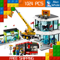 1024pcs City Town Shopping Square Pizzeria Bus Statue Street Sweeper 02035 Figure Building Blocks Toy Compatible With LegoING