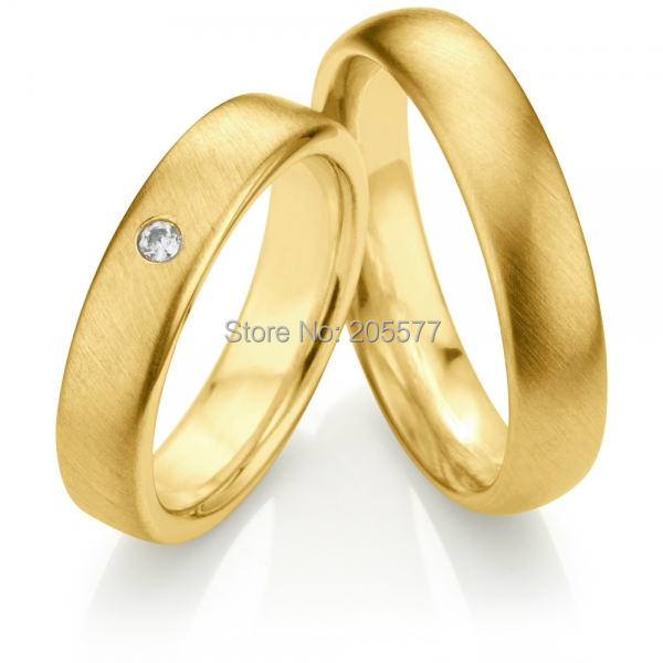 Top Quality Classic Brushed Finish european style gold plating titanium wedding bands Couple his and hers lovers ring цены онлайн