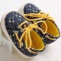 New style star-forma mocassins de Sola Macia do bebê Sapatos de Bebê Recém-nascido Menino Menina Sapatos Berço Da Criança Rendas Até Loafer Sapatos Prewalker