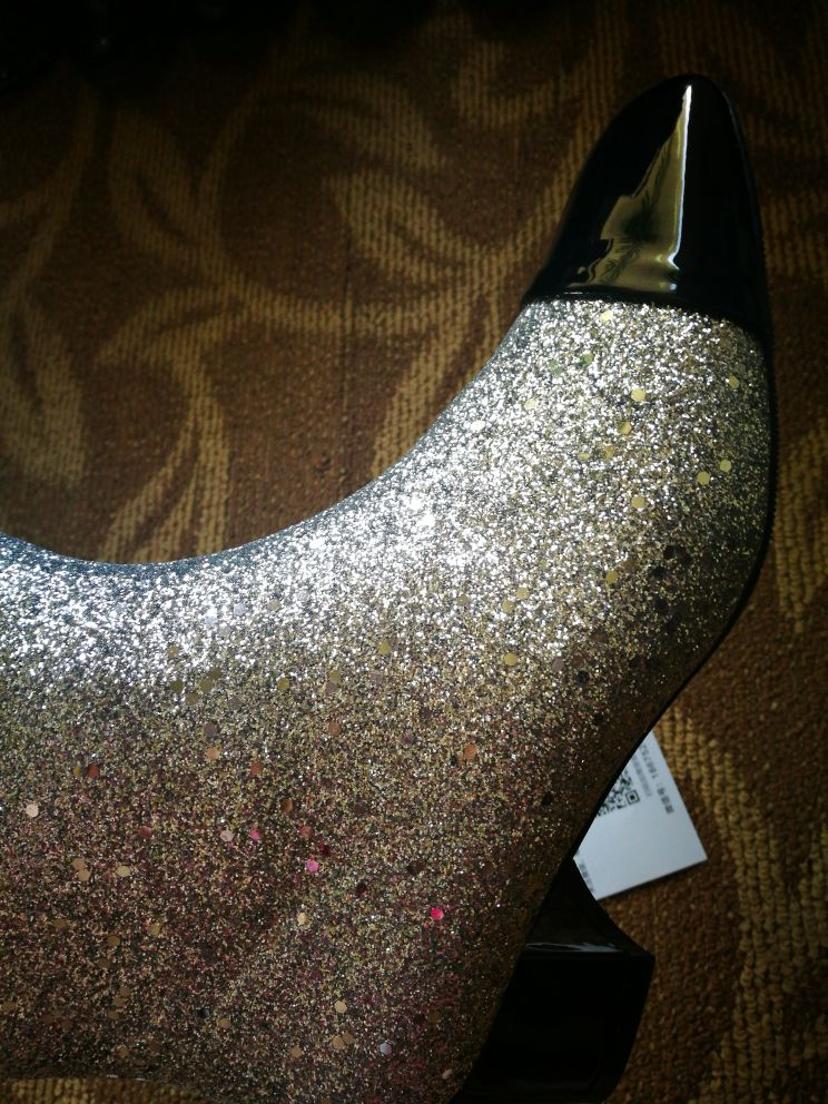 Luchfive Bling bling Ankle Boots for women silver black glittery sequins  Short boots shiny rainboots for ladies winter shoes-in Ankle Boots from  Shoes on ... 317a09be22dc