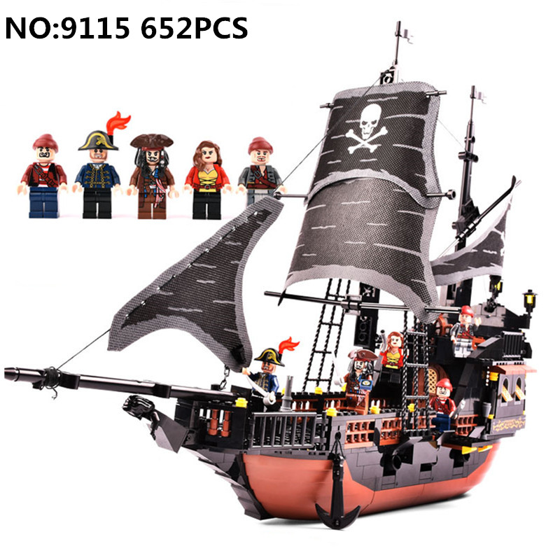 652pcs Pirates Caribbean Black Pearl Ghost Ship Compatible L brand large Model Building Block educational Gift toys for children