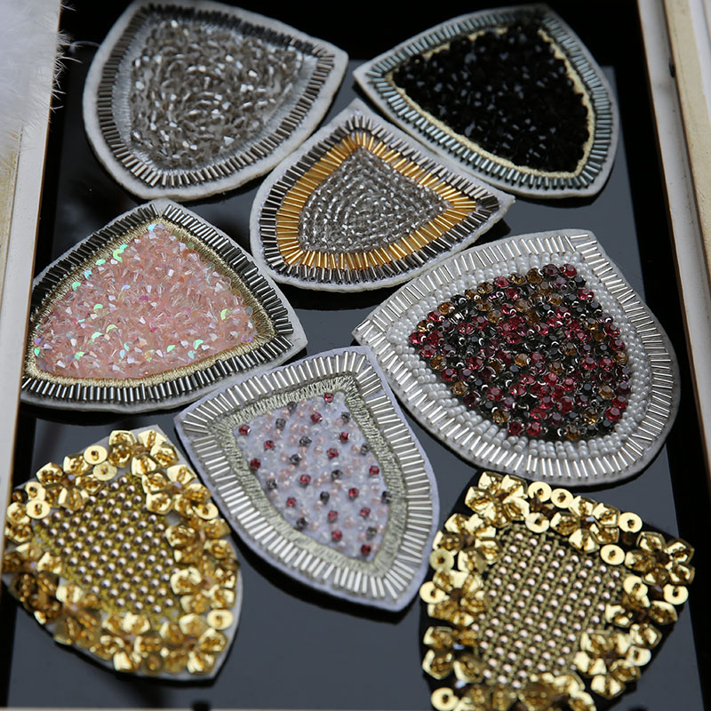 Ny Milano Runway Gold Sequins Order Pärla Bad Patch Vatten Patch Ficka DIY Broderi Motif Sequined Applique Badge
