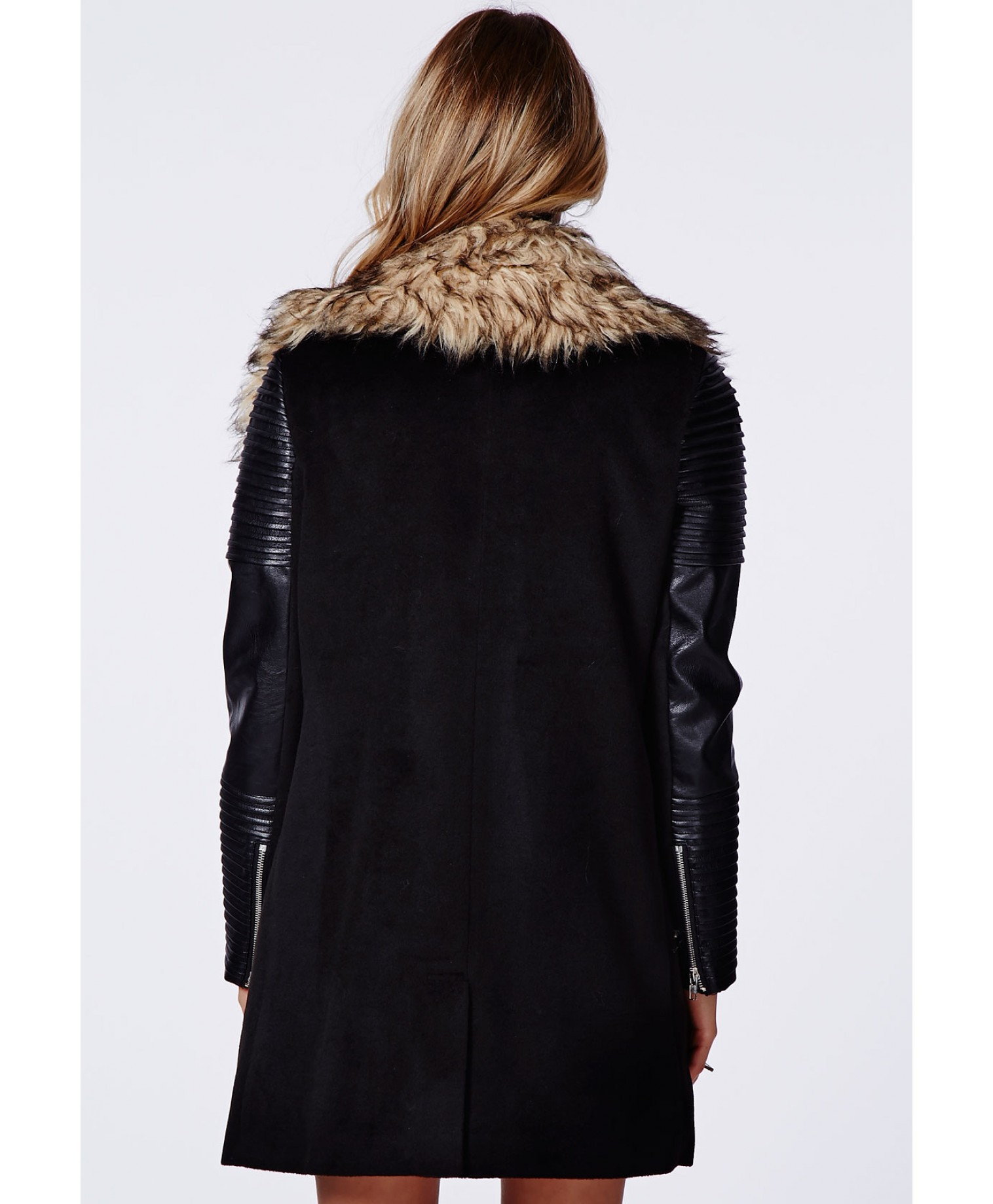 3ace22360ff Plus Size Faux Fur Coat XS 2XL Manteau Fourrure Femme Fur Collar Pu Leather  Sleeves Stitching Zipper Thickened Parkas For Women-in Faux Fur from Women s  ...