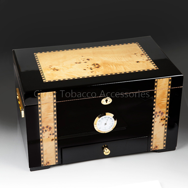 Luxury Black Large Capacity Glossy Finish Cedar Wooden Cigar Humidor Double Deck  Storage Box With