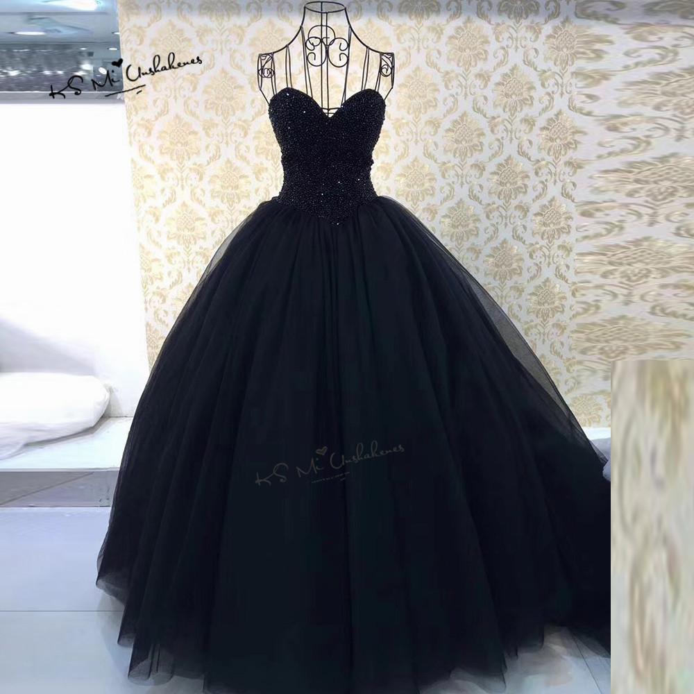 Red Black Gothic Wedding Gowns Beaded Crystals Ball Gown Wedding Dress 2018 Corset Back Luxury Bride Dresses Boda Casamento