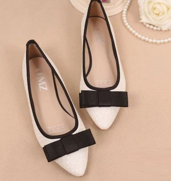 ФОТО Plus sizes 40 41 flats shoes for women pointed toe bow bowtie style quality comfortable flat heel shoes DS225 black white sales