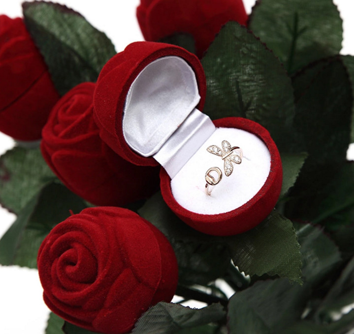 Rose Shaped Ring Box