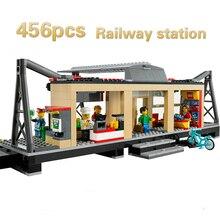 Modelo de Blocos de Construção de brinquedos 456 Pcs 02015 Estação de Comboios Compatíveis com lego City Series 60050 Tijolos DIY brinquedos hobbies &