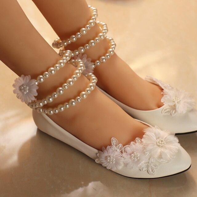 2018 womens wedding shoes white flat heel flower decoration sweet 2018 womens wedding shoes white flat heel flower decoration sweet ladies wedding bridal shoe pearl bracelet junglespirit Choice Image