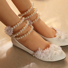 2018 women's wedding shoes white flat heel flower decoration sweet ladies wedding bridal shoe Pearl bracelet on sale