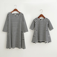 Fashion Mom And Kids Couple Look Stripe Family Matching Outfits Baby Girls Dress Mother Daughter Clothes