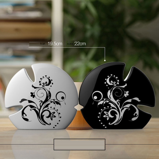 Home Accessories Living Room Decorative Ornaments Creative Gift - Black accessories for living room