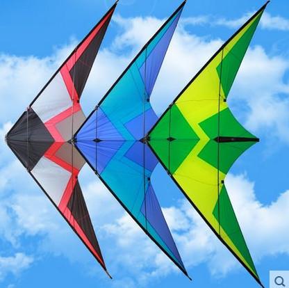 Envío gratis nuevo diseño 2.45 m Cielo rugido 3 dual line truco cometa con la línea de mango parafoil cometas venta tela de nylon ripstop