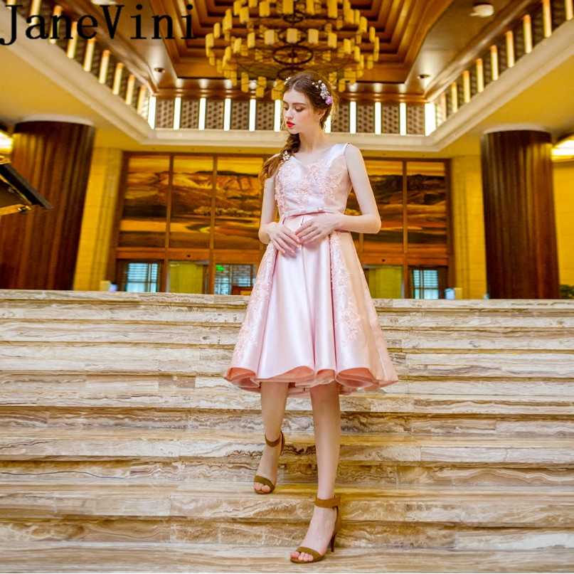 JaneVini Elegant Pink Short   Bridesmaid     Dresses   For Weddings V Neck Lace Appliques Pearls Satin Knee Length Maid of Honor Gowns