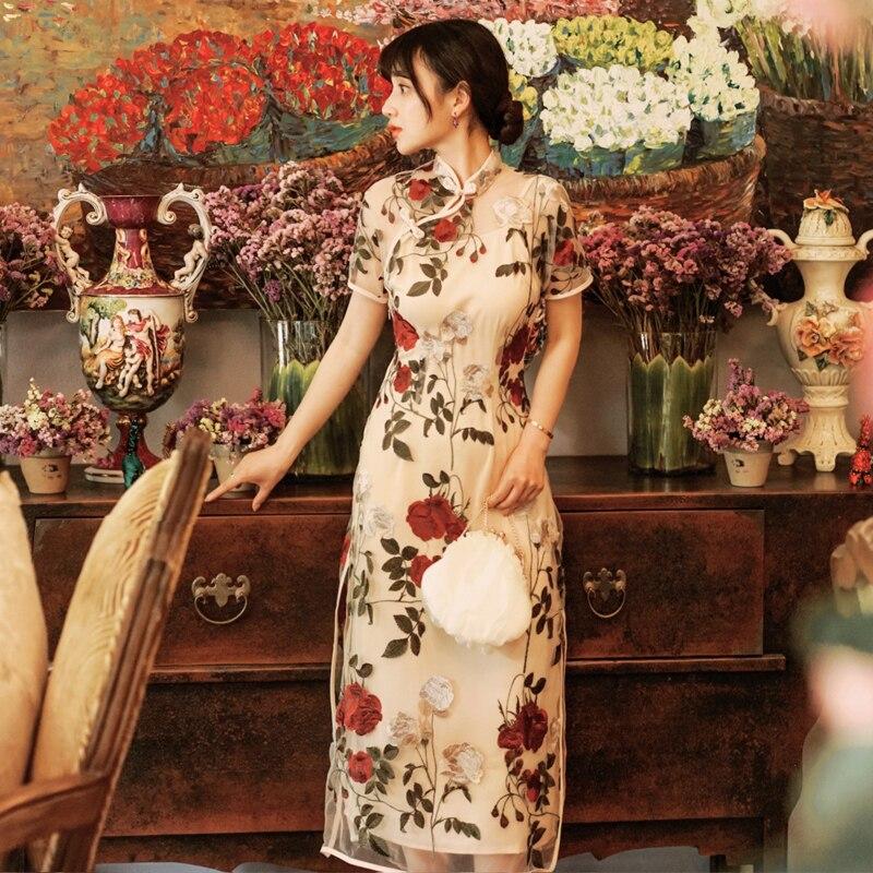 2019 nouvelle mode femmes robes broderie robe d'été moyen long rétro national