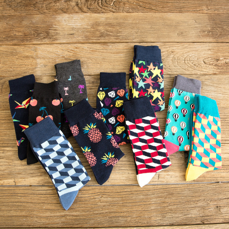 PEONFLY Men's Colorful Combed Cotton   Socks   Gradient Funny Casual Mid Calf Crew   Socks   Crazy Dress   Socks   for Gifts US 7-11