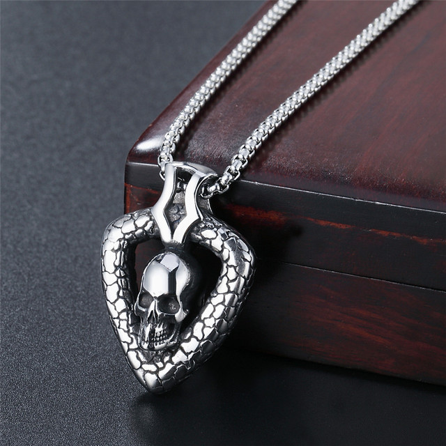 STAINLESS STEEL SKULL PUNK STYLE NECKLACE