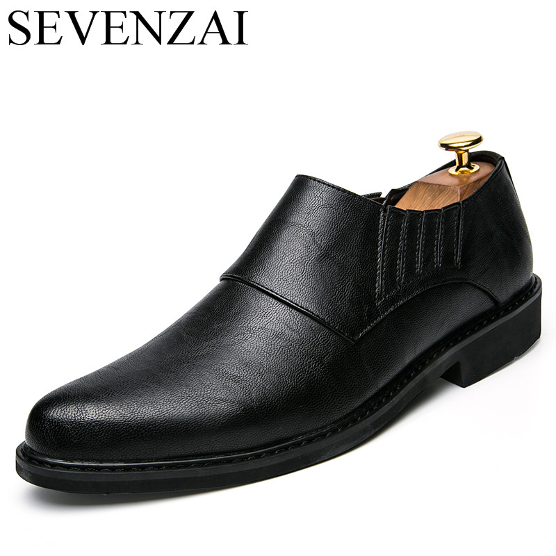 italian men classical elegant pointed toe leather oxford shoes for men fashion shoes 2017 luxury brand male footwear new flats brand designer caving men flats outer soles metallic toe leather shoes fashion pointed toe oxford ancient style men shoes