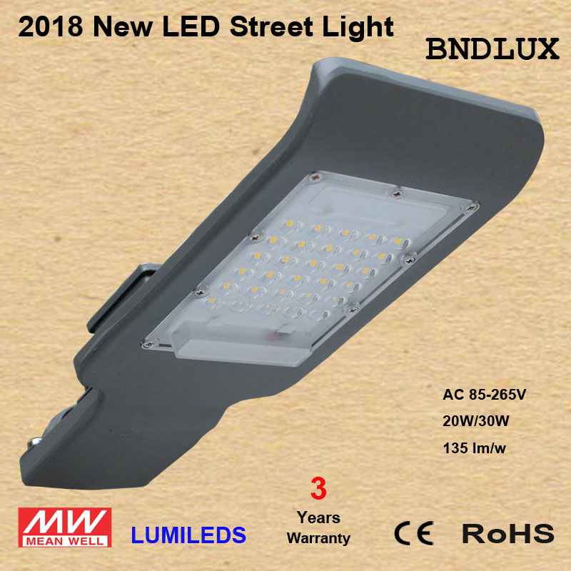 20W 30W LED Shoebox Street Light Fixture Parking Lot Outdoor Area Light 130LM/W