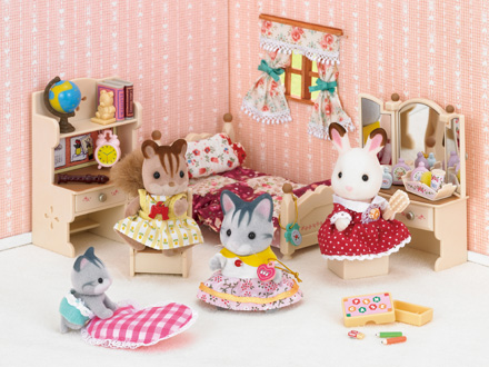 New kids pretend toys genuine sylvanian families girls for Sylvanian classic furniture set