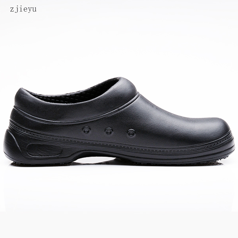 2017 kitchen and Chef shoes anti-skid bot waterproof and oil proof kitchen work bots men's sneakers shoes france tigergrip waterproof work safety shoes woman and man soft sole rubber kitchen sea food shop non slip chef shoes cover