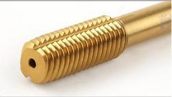 Darmowa wysyłka 1 sztuk HSS6542 wykonane fluteless z kranu M18 * 1.5/2.0/2.5mm maszyna z kranu screw tap dla stali żelaza obrabianego aluminium nici