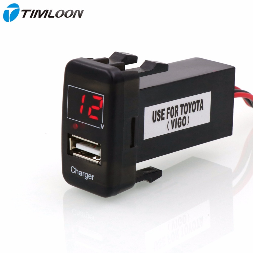 imágenes para 5 V Interfaz USB 2.1A Cargador de Coche Enchufe y Voltaje Meter Battery Monitor de Uso para TOYOTA Hilux VIGO, Montaña, ex Corolla, Yaris