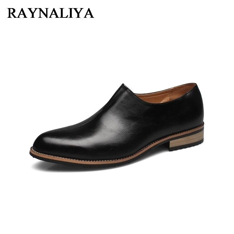 где купить Men Loafers Black Genuine Leather Slip On Business Office Wedding Mens Dress Shoes Male Casual Shoes 2018 LMX-B0026 по лучшей цене