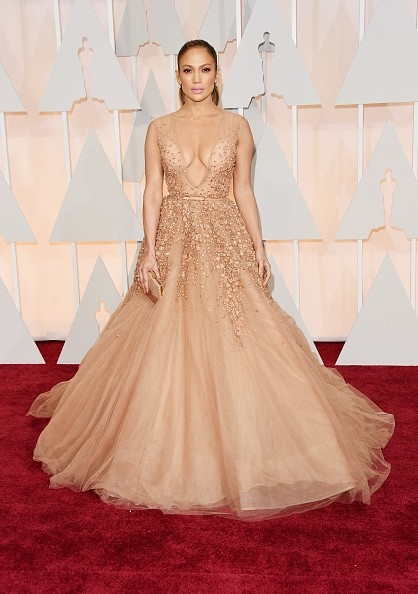 did-jennifer-lopez-conquer-the-oscars-2015-red-carpet-photo
