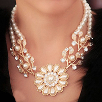 Women's Bohemian Artificial Pearl Flower Pendant Necklace Choker Jewelry Gift