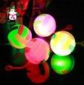 СВЕТОДИОДНЫЕ Красочные Волейбол 6.5 см Flash Массажный Шарик Игрушки с Йо-Йо