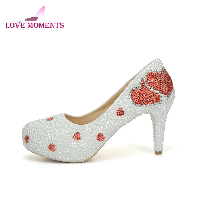 Pure White Pearl Wedding Dress Shoes Gorgeous Red Rhinestone Heart Shape Women Pumps 3 Inches High Heel Bride Shoes Event Pumps цены