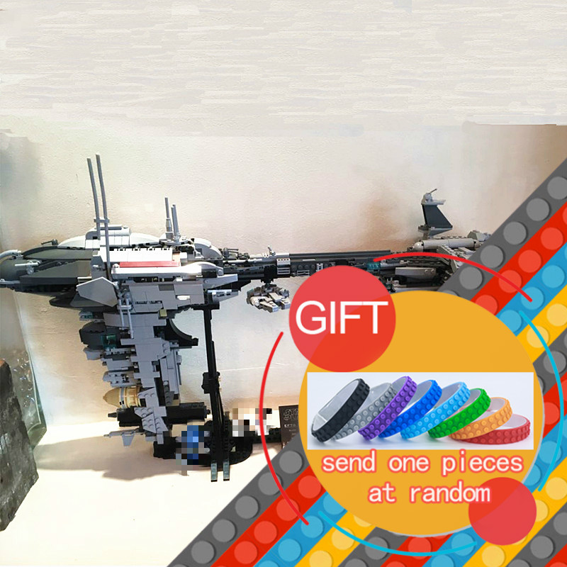 05083 1736Pcs Star with War MOC Series The Nebulon-B Medical Frigate Set children Educational Building Model toys lepin rollercoasters the war of the worlds