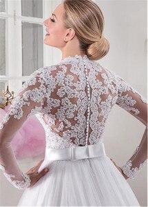 Image 2 - シックなチュール V ネックネックライン自然ウエスト A ライン長袖のウェディングドレスとビーズレースアップリケウェディングドレス