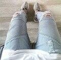 Homens Hip Hop Jeans Casual dos homens Magros das calças de Brim Calças de Marca Motociclista Jeans Reta Magro Jeans Rasgado Para Homens Rock Rasgado Calças De Brim Homme