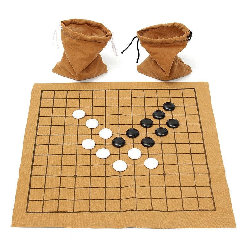 Meilleure affaire Fun famille jeux 90 pièces Go Bang jeu déchecs ensemble daim cuir feuille conseil enfants divertissement éducatif jouet jeu
