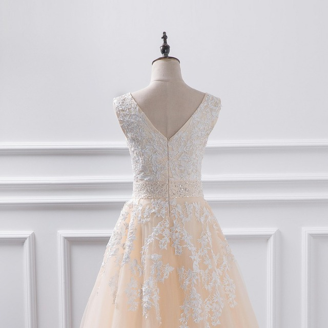 Sexy V Neck Lace Tulle Beaded Appliques Princess Ball Gown Dress