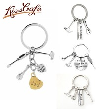 цена New Creative Letter I Love You Dad Pendant Keychain Repair & Kitchen Tools Keyring Key Chains Mother Father 's Day Gift онлайн в 2017 году