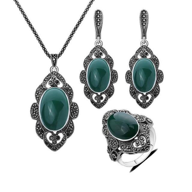 Sellsets Vintage Jewelry...