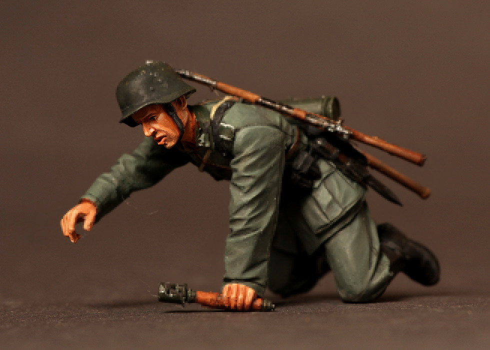 pre order-Resin toys  3525   German infantryman. 2 1939-42  Free shipping  Quality products liebherr c 3525 white