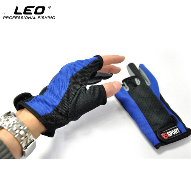 Special Offers LEO 1Pair Summer Breathable Anti Slip Fishing Gloves Random Color 3 Half-fingers Exposed Fishing Gloves Fishing Tackle Accessory