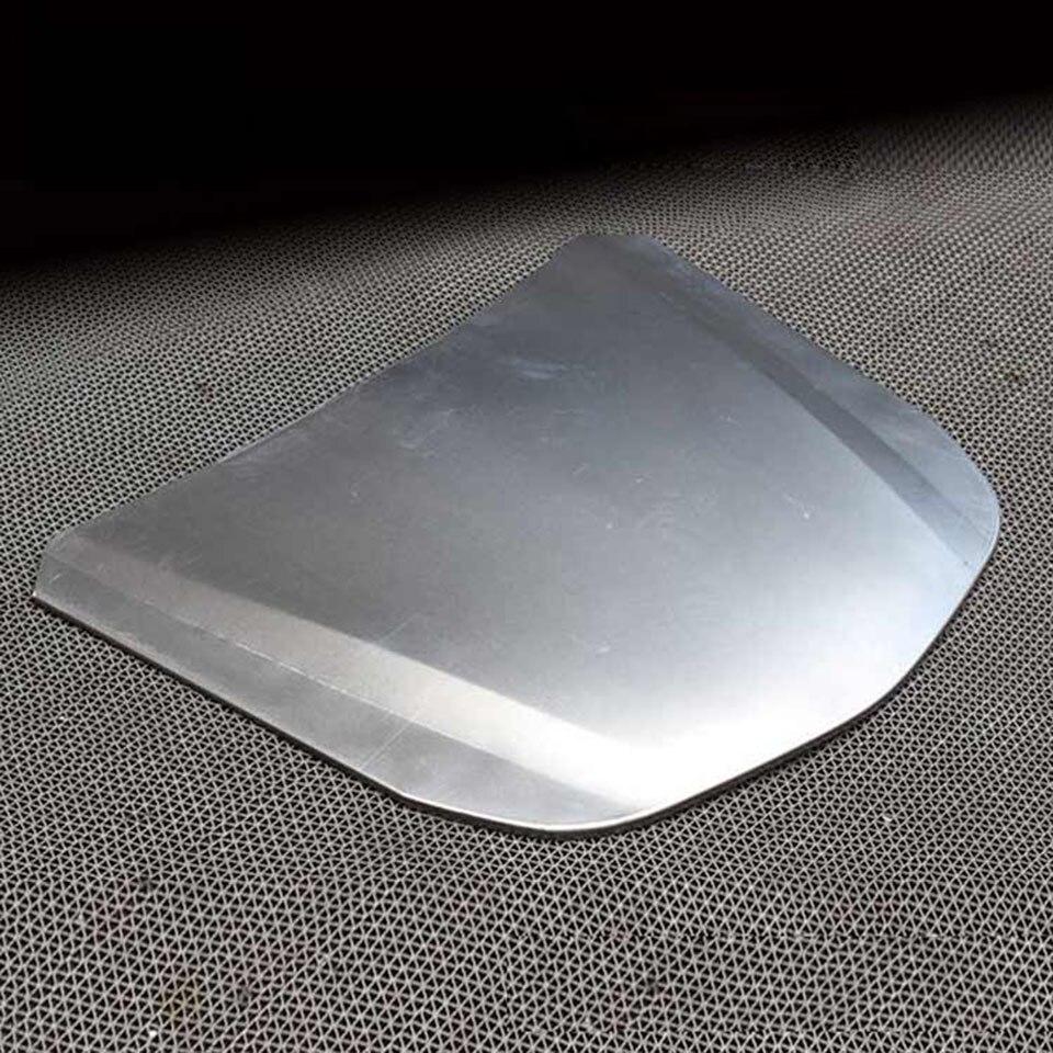 Capot argenté de capot de voiture de forme de vitesse de voiture en métal de 55*41 cm Mini pour le MO-179E d'affichage de revêtement en verre de véhicule
