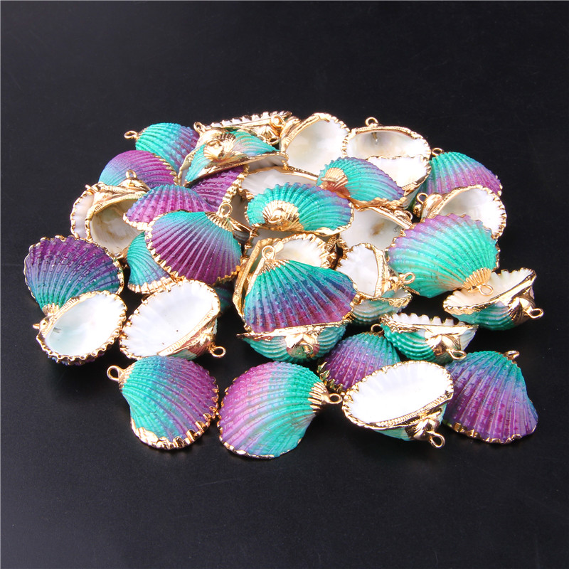 28mm*25mm Gold Plated Threaded Seashells For DIY Handmade Pendant Earring Charms Natural Striated Shell Natural Home Decor 3pcs