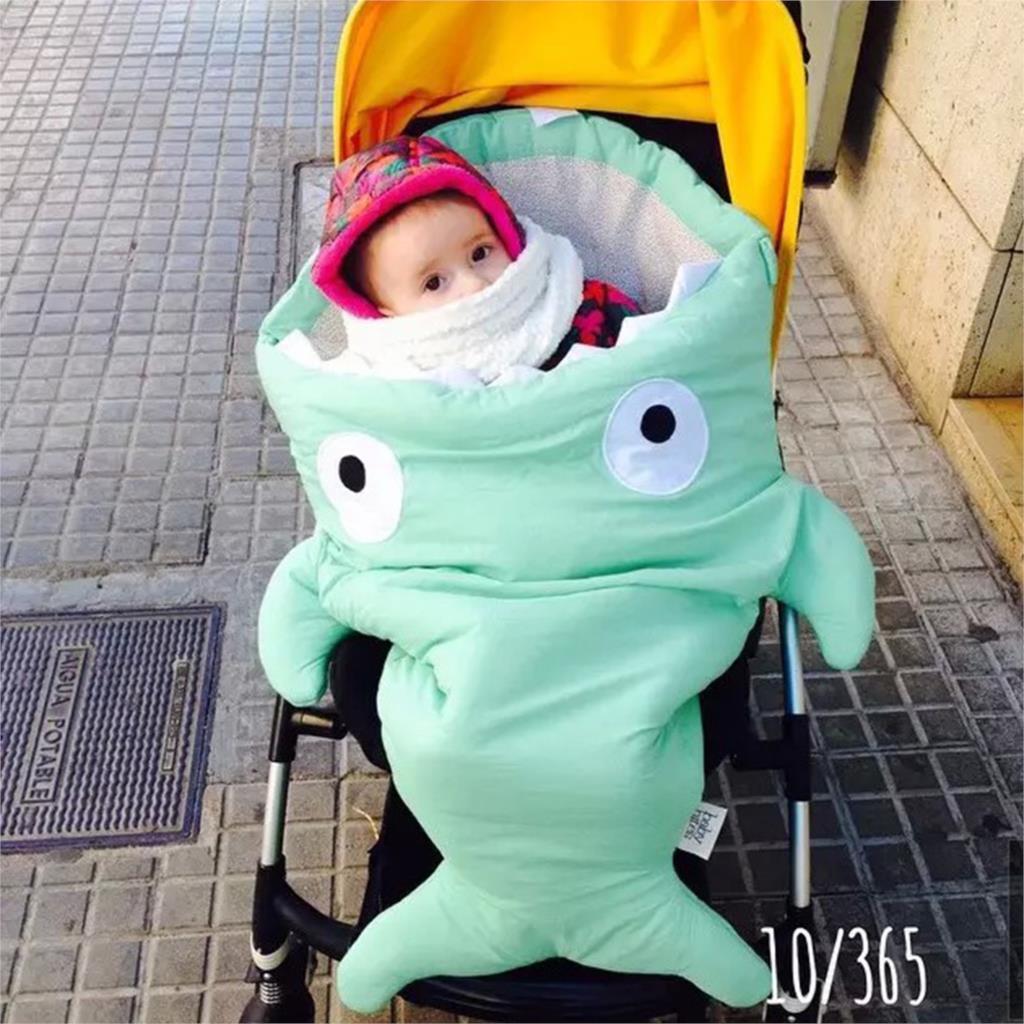 ▽Cartoon Shark saco de dormir Bebé durmiendo saco invierno ...