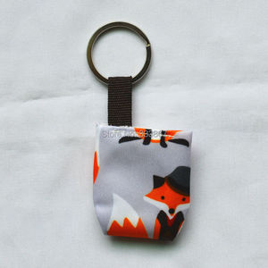 Image 4 - [Sigzagor]50 Leuke Mini Tiny Doek Luier Sleutelhangers Sleutelhangers, Schattig, Baby Shower Gift, mama Gift Kerst Ornament,14 Keuzes